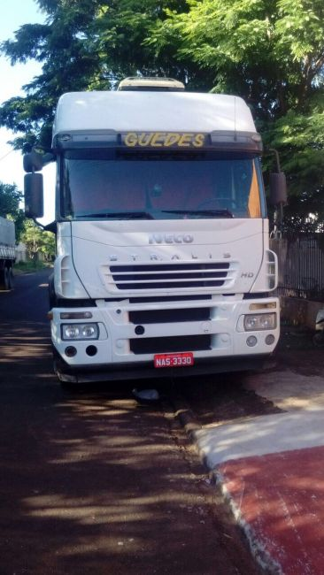 Iveco Stralis HD 570-S42T 6X2 (3 Eixos) - Foto #3