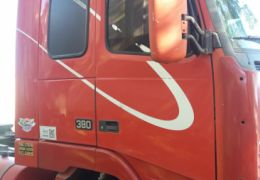 Volvo FH-12 380 6X2 (Globetrotter) (3 Eixos)