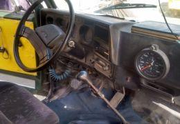Chevrolet D 19000 6X2 (3 Eixos)
