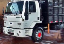 Ford Cargo 1622 Turbo (3 Eixos)