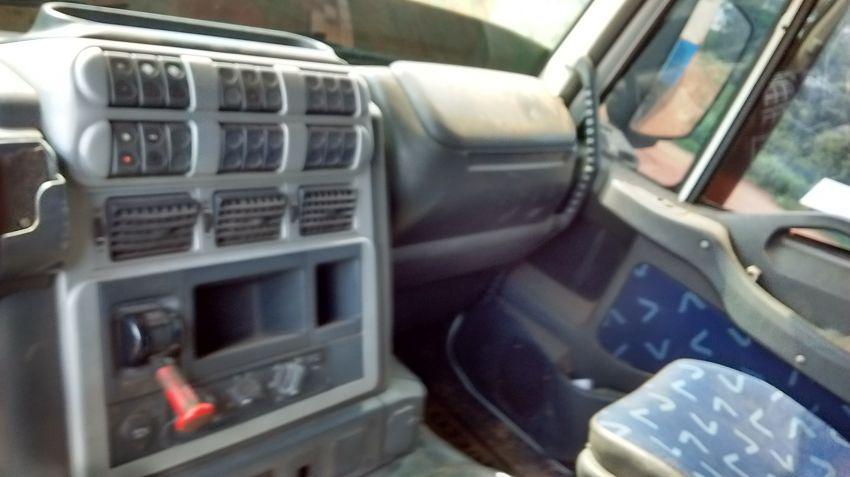 Iveco Stralis HD 570-S42T 6X2 (Teto Alto 3 Eixos) - Foto #4