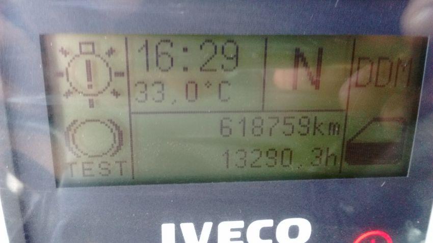 Iveco Stralis HD 570-S42T 6X2 (Teto Alto 3 Eixos) - Foto #9