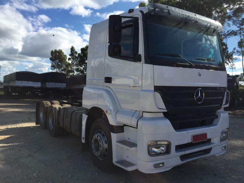 Mercedes-Benz Axor 2540-S 6X2 (3 Eixos) - Foto #1