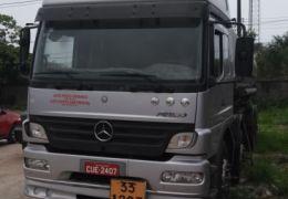 Mercedes-Benz 2425 6X2 (3 Eixos)