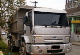 Ford Cargo 2932 E 6X4 (3 Eixos)