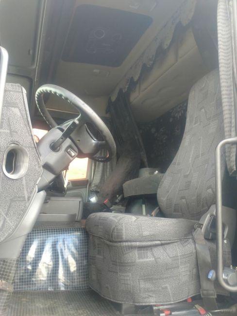 Scania G-380 LA 6X2 SZ (Reboque 3 Eixos) - Foto #5