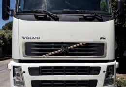 Volvo FH-440 6X4 (3 Eixos)