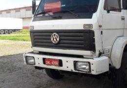 Volkswagen 14.220 (3 Eixos)