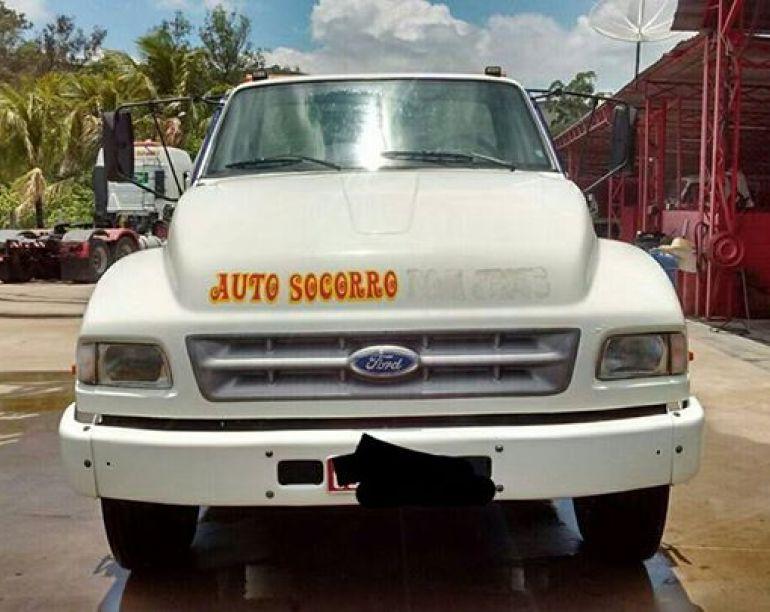 Ford F-14000 - Foto #4