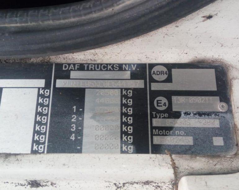 DAF CF 85 FTS 360 6x2 (Sleeper Cab) - Foto #7