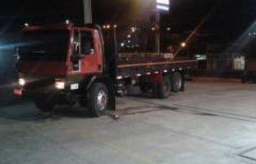 Ford Cargo 1617 (3 Eixos)