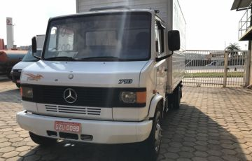 Mercedes-Benz 710 4X2(Plus)