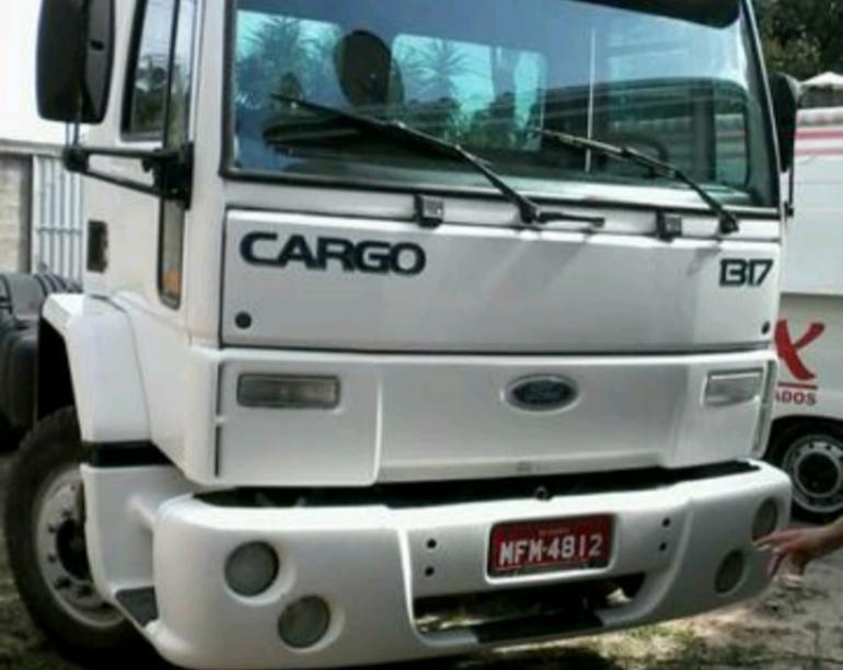 Ford Cargo 1317 Turbo - Foto #3