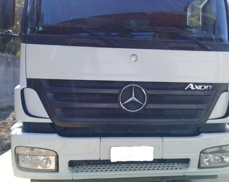 Mercedes-Benz Axor 2831 (6X4) - Foto #1