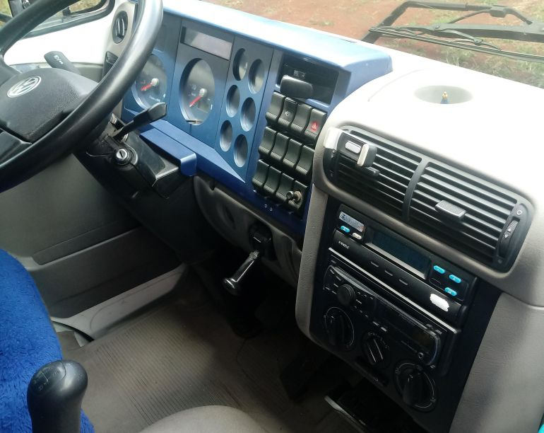 Volkswagen 8.150 Turbo - Foto #7