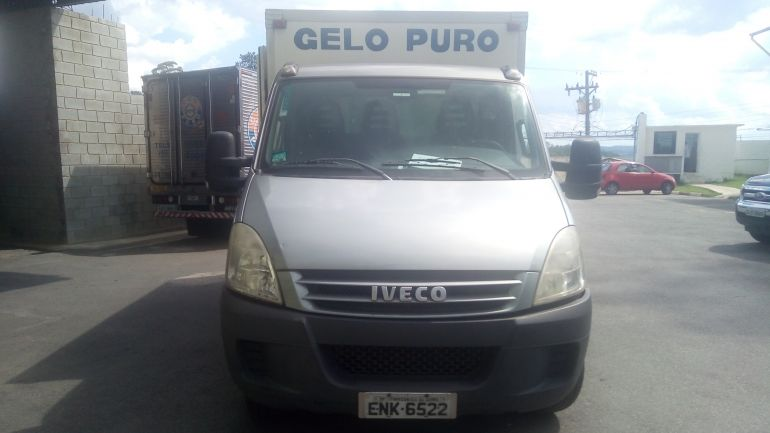 Iveco Daily Chassi 35S14 - Foto #2