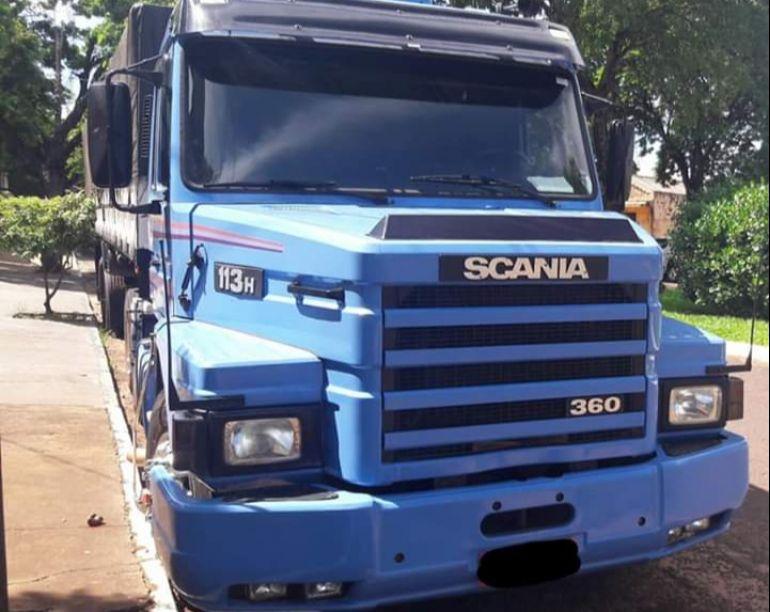 Scania R-113 E 320 6x2 - Foto #4