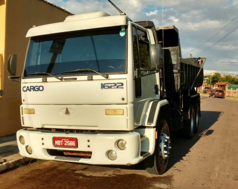Ford Cargo 1622 Turbo (3 Eixos) - Foto #1