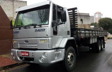 Ford Cargo 2422 6X2 (3 Eixos)