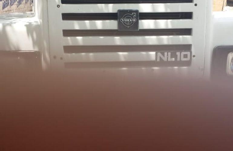 Volvo N-10 300 XH 4X2 - Foto #1