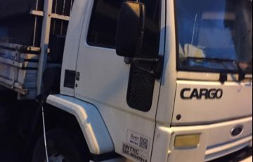 Ford Cargo 1517 - Foto #1