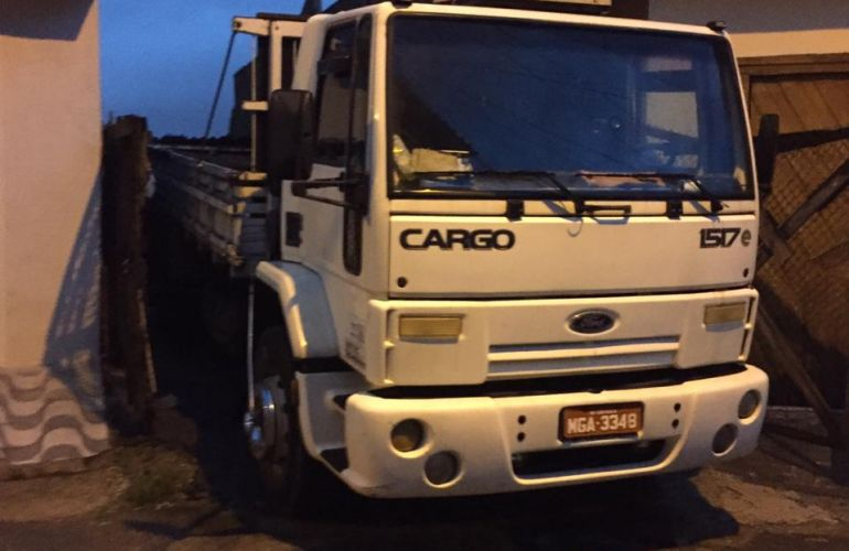 Ford Cargo 1517 - Foto #3