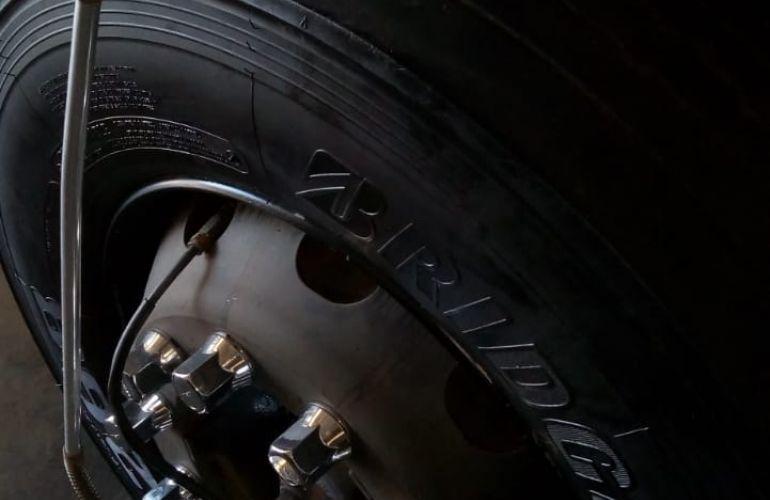 Mercedes-Benz 1420 4X2 - Foto #3