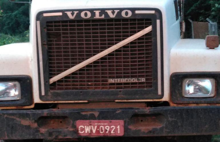 Volvo N-10 280 H 4X2 - Foto #1
