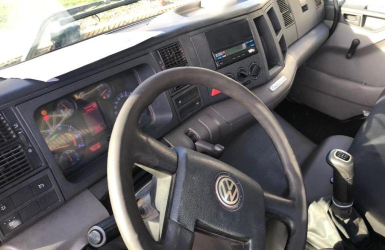 Volkswagen Constellation 17.280 E DC - Foto #2