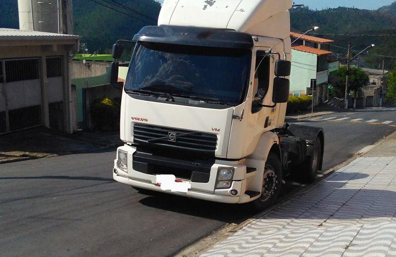 Volvo VM-310 TL 4X2 - Foto #1