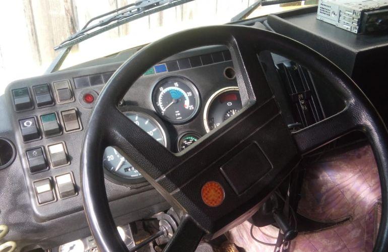 Mercedes-Benz 1114 (3 Eixos) - Foto #8