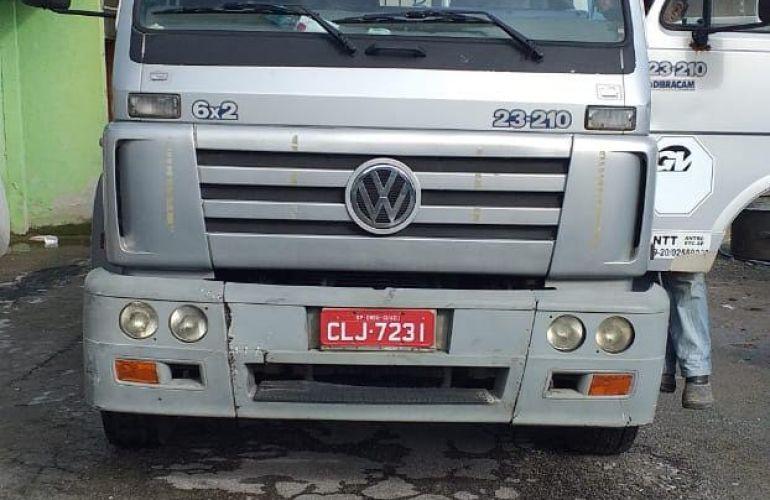 Volkswagen 23.210 Turbo-IC 6X2 (3 Eixos) - Foto #5