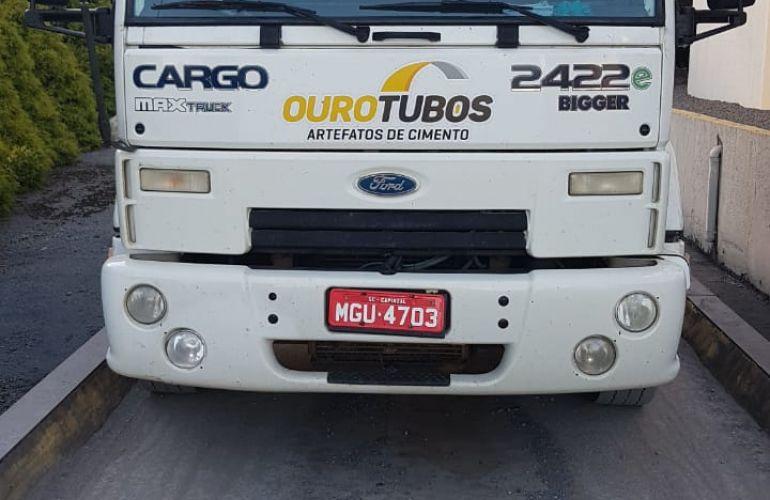Ford Cargo 2422 E 6X2 (3 Eixos) - Foto #1