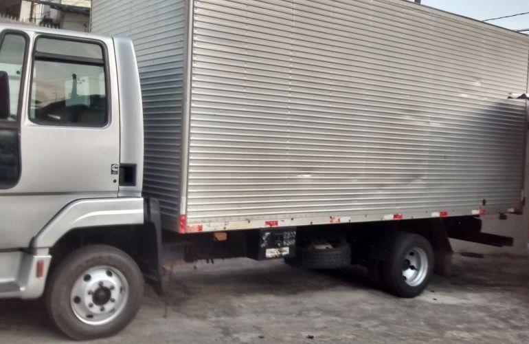 Ford Cargo 815 Turbo - Foto #9