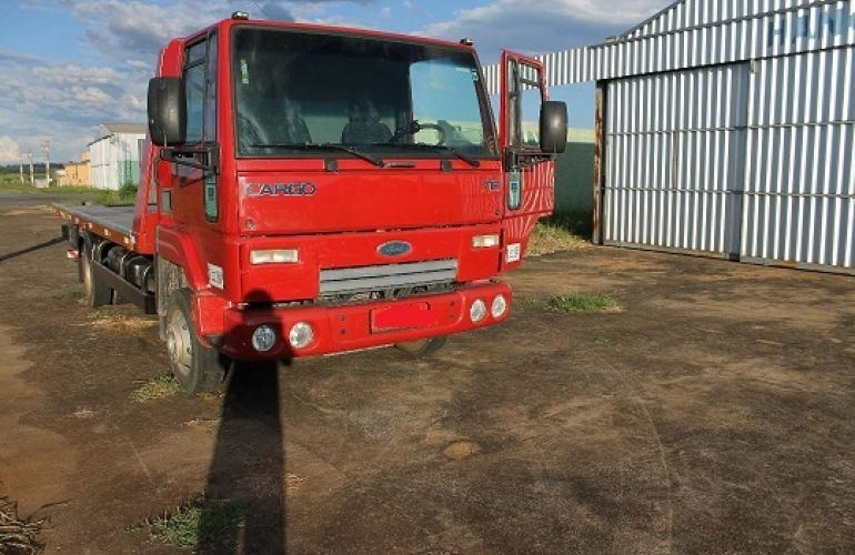 Ford Cargo 712-T 4X2 - Foto #4