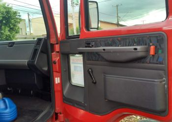 Ford Cargo 712-T 4X2 - Foto #5