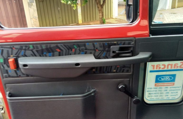 Ford Cargo 712-T 4X2 - Foto #6