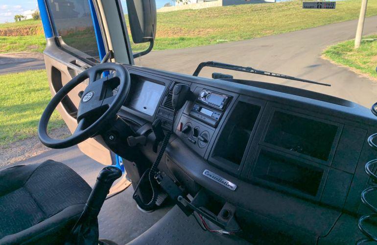 Volkswagen Constellation 25.390 6x2 Tractor - Foto #7