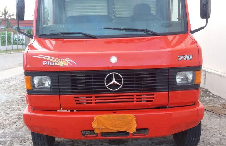Mercedes-Benz 710 - Foto #1