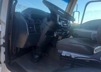 Ford Cargo 2423 Leito - Foto #7