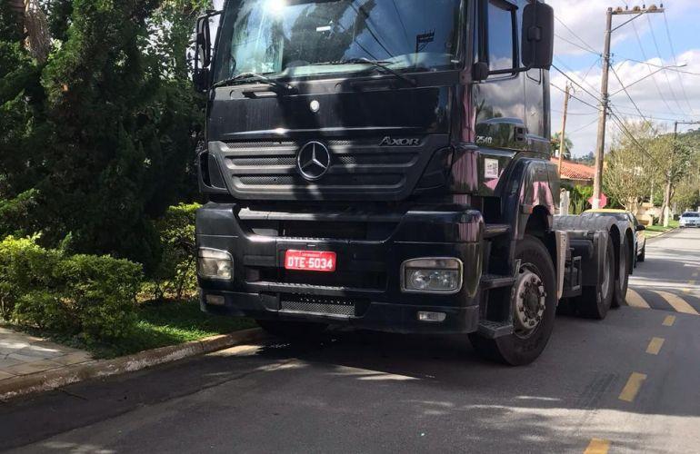 Mercedes-Benz Axor 2540-S 6X2 (3 Eixos) - Foto #2