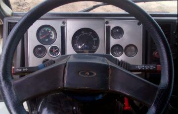 Ford Cargo 2422 6X2 (3 Eixos) - Foto #8