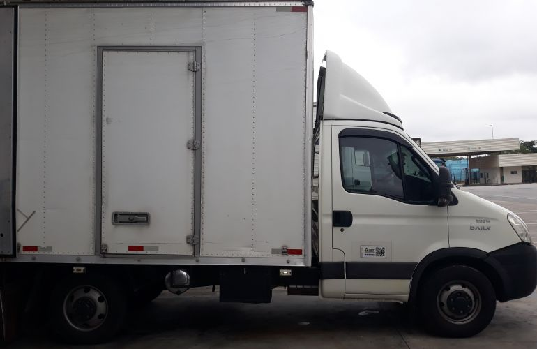 Iveco Daily Chassi 35S14 CS 3750 - Foto #5