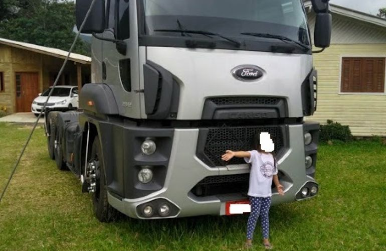 Ford Cargo 2842 - Foto #2