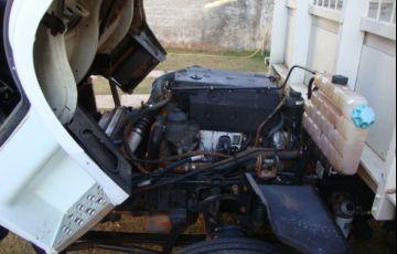 Mercedes-Benz 915-C 4X2 - Foto #6