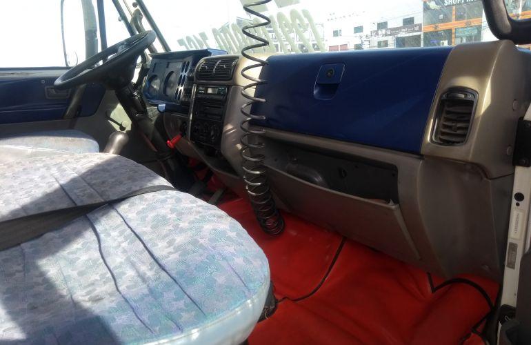 Volkswagen 8.120 Turbo - Foto #7
