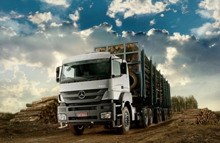 Mercedes-Benz Axor 2533  (6X2)