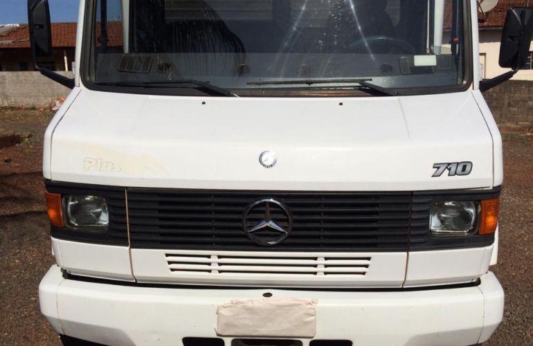 Mercedes-Benz 710 4X2(Plus) - Foto #3