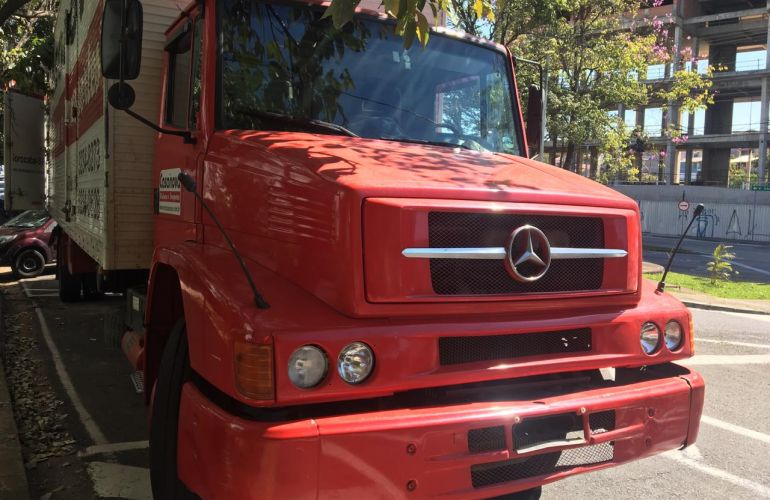Mercedes-Benz 1318 - Foto #1