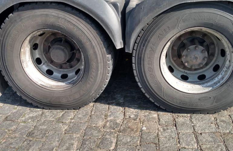 Ford Cargo 2422 E 6X2 (3 Eixos) - Foto #9